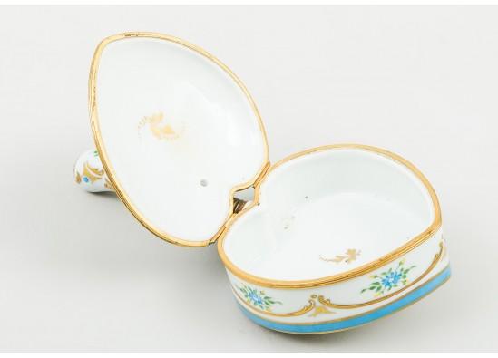 Dinerware set