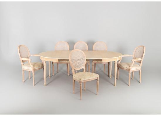 Антикварная мебель для столовой в стиле Эклектика, Швеция, середина 20 века