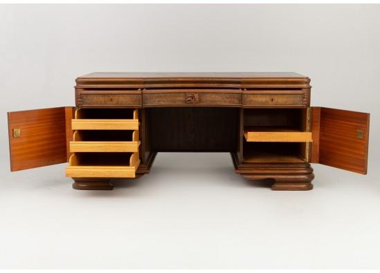 Workroom furniture