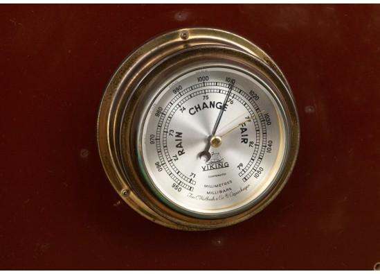 Interior detail (clock  and barometer)